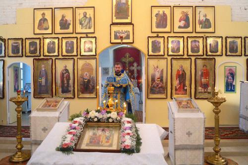 Престольный Праздник нашего села - Введение во храм Пресвятой Богородицы.